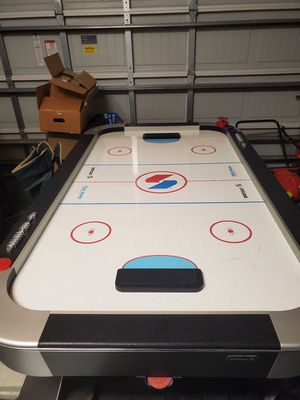 Sportcraft air hockey table for Sale in Haines City, FL