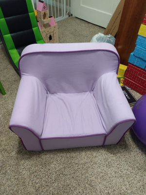 Lavender kids plush chair for Sale in Pearland, TX