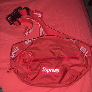 Supreme Waist Bag Red for Sale in Henderson, NV