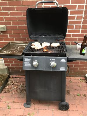 FREE Grill with Propane Tank for Sale in Pittsburgh, PA