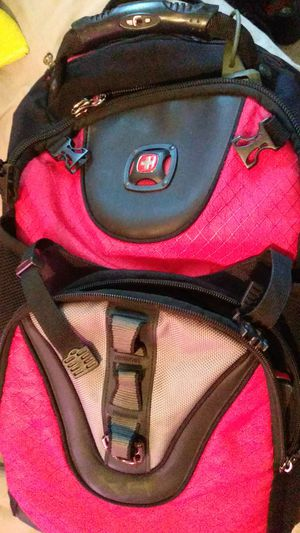Swiss army red hiking/comp shock absorber book bag for Sale in Apex, NC