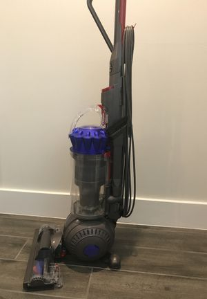 Dyson Ball Allergy Extra Vacuum for Sale in Fort Lauderdale, FL