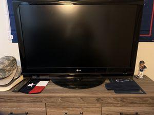 42' LG Flatscreen TV for Sale in Abilene, TX