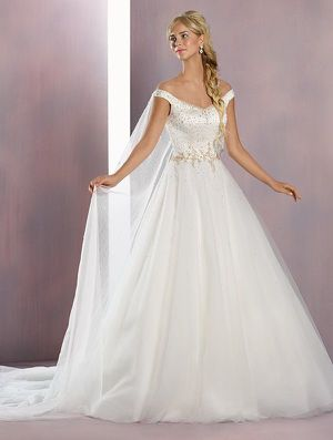 Disney Fairy Tale Wedding dress for Sale in Gilbert, AZ