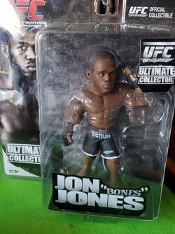 Ultimate Collector UFC JON BONES JONES action Figure New In Package For $20 for Sale in Clovis, CA