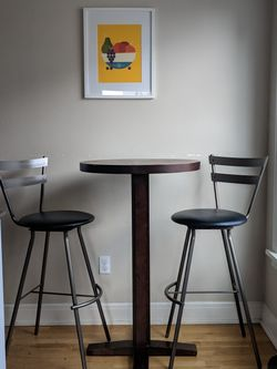 Tall Bistro Dining Set (Pedestal Table + Swivel Chairs) for Sale in Seattle,  WA