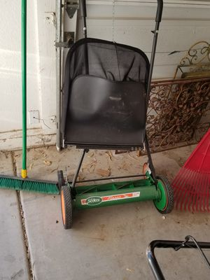 "20 "" Scotts Lawn Mower for Sale in Chandler, AZ"