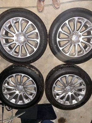 Range Rover wheels and tires for Sale in Portland, OR
