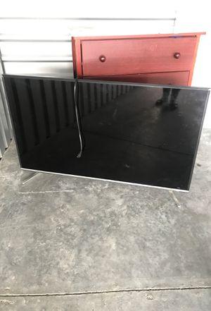 FREE 50 inch LG smart tv PENDING PICKup for Sale in Sumner, WA