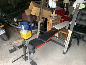 Gold's Gym Weight Bench for Sale in Great Barrington, MA