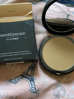 New Bareminerals Compact Powder for Sale in Phoenix,  AZ