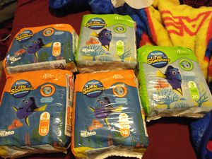 Huggies little swimmers for Sale in Fresno, CA