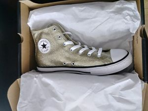 Converse shoes for Sale in Germantown, MD