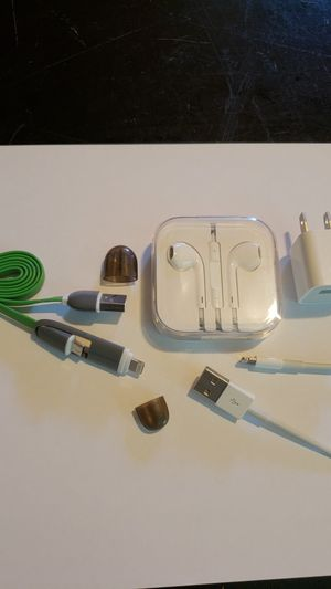 Apple earbuds headphones with charger cable package for Sale in Modesto, CA