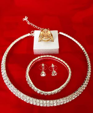 Stunning jewelries for Sale in Rincon, GA