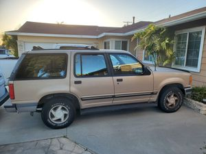 1992 Ford Explorer 4dr 2wd. Reg exp Jan 2020. Needs smog for Sale in Anaheim, CA