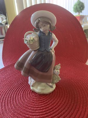 Lladro 5221 for Sale in Rancho Cucamonga, CA