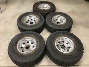 BF Goodrich 33x12.50R15 tires on 15x8 alloy wheels for Sale in Lake Elsinore, CA