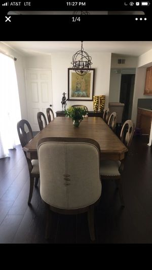 Dining table with 8 chairs for Sale in Glendale, CA
