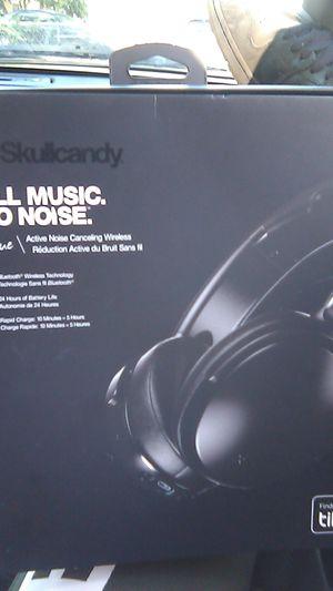 Skullcandy venue headphones for Sale in Sacramento, CA