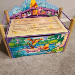Winnie The Pooh Wooden Chest for Sale in Elmhurst, IL