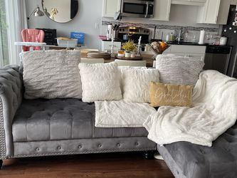 Velvet sofa and chaise for Sale in Orlando,  FL