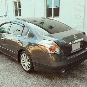 Nissan altima 2007 for Sale in Newburgh Heights, OH