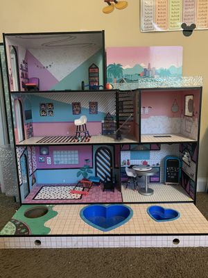 LOL DOLL HOUSE for Sale in Fayetteville, GA