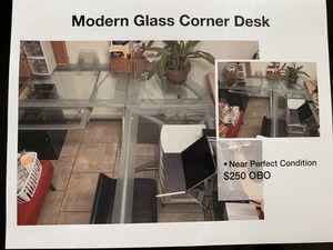 Modern glass corner desk for Sale in West Hollywood, CA