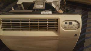 GE heater window unit Heat/ac for Sale in Oklahoma City, OK