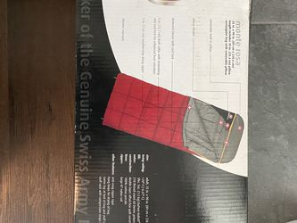 Wenger Adult Red Sleeping Bag for Sale in National City,  CA