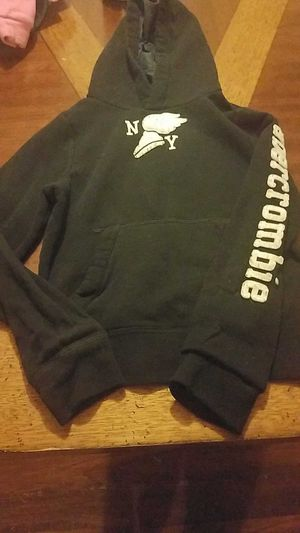 Girls Abercrombie hoodie size Medium for Sale in Waterford, PA