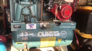 Gas air compressor for Sale in Arvin, CA
