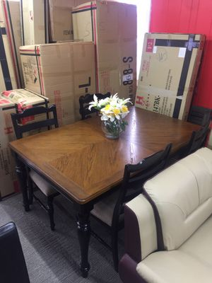 Solid Wood Dining Table With 4 Chairs For ONLYYYY $349! for Sale in Nashville, TN