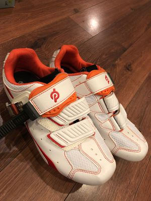 New Peloton cycling shoes - size 7 to 7-1/2 women's 38 for Sale in AZ, US