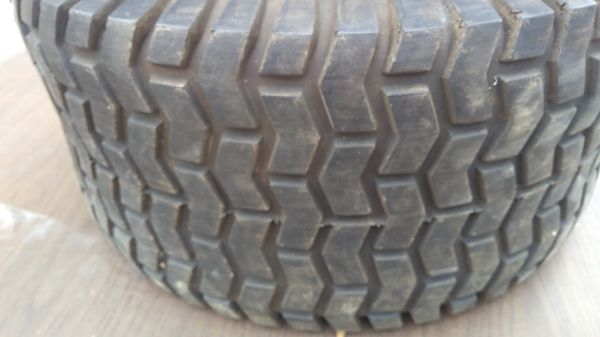 Carlisle 23x10.5-12 Lawn Tractor Tires