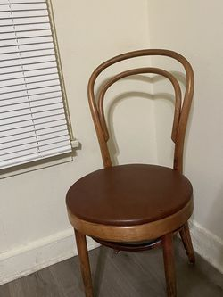 French cafe bent wood chair for Sale in Los Angeles,  CA