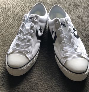 Converse low top sneaker SZ 10.5 for Sale in Tampa, FL
