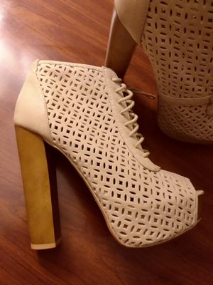 Charlotte Russe Heels shoe size 6 for Sale in Belleair, FL