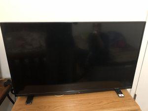 Insignia Tv 1080p 60hz for Sale in Lynchburg, VA
