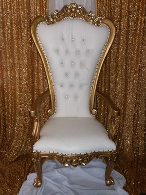 Quince/Boda Silla (de renta) Throne Chair Rental for Sale in Ontario, CA