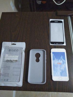 Case Motorolla E5 and screen protector. for Sale in Orlando, FL