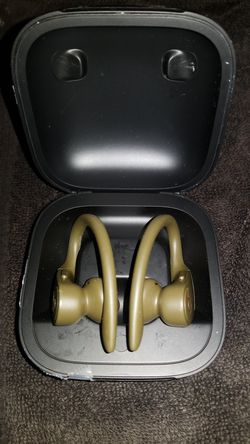 Beats PowerBeats Pro Wireless In Ear Earphones for Sale in Long Beach,  CA