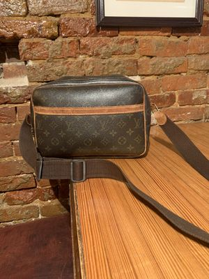 LV reporter bag $800 obo 100% authentic for Sale in Pittsburgh, PA