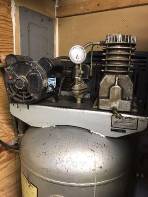 Air Compressor 3hp , 60 gallon tank , 220 volts for Sale in Roselle, IL