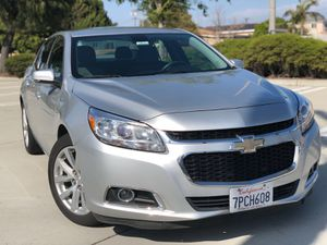 Chevrolet Malibu 2015 clean title for Sale in Los Angeles, CA