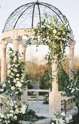 Weddings backdrops flowers events for Sale in Miami, FL