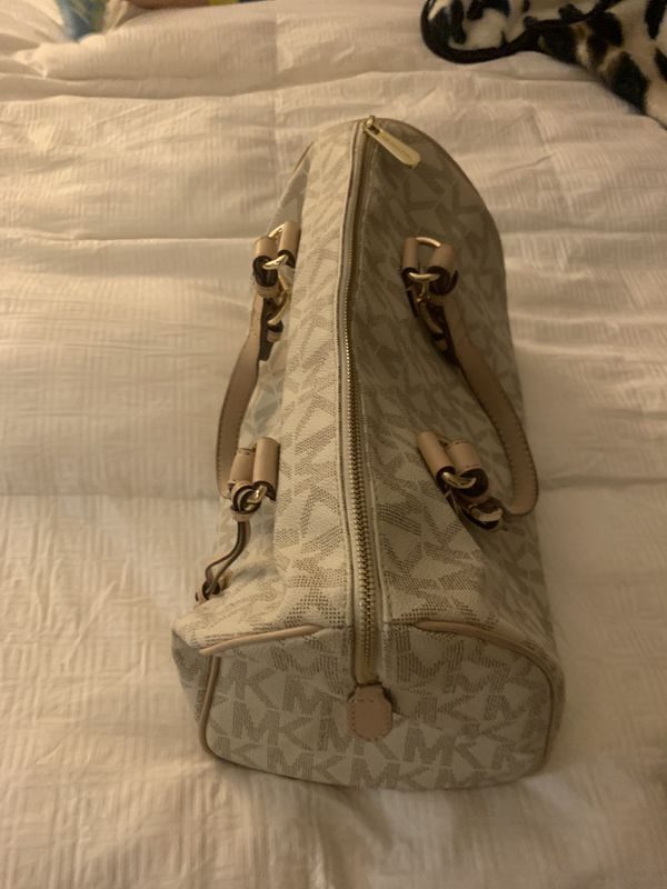 5f94a04813c8 Michael Kors for Sale in Garden Grove, CA - OfferUp
