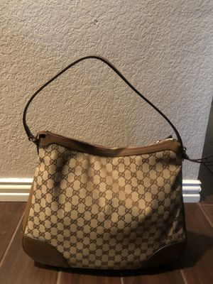 Authentic GUCCI Bree hobo bag for Sale in Grand Prairie, TX