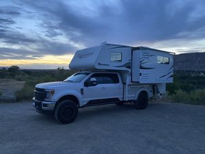 2013 Adventurer 910 FBS Camper for Sale in San Diego, CA